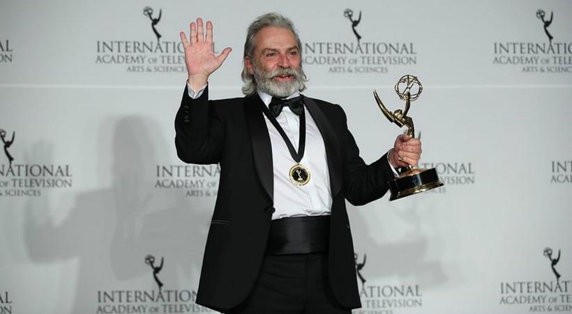 Uluslararası Emmy Ödülleri'nde 'En İyi Erkek Oyuncu' Haluk Bilginer!