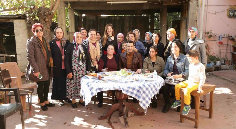 Ramo'nun mahallesindeki kadınlarla buluştu!
