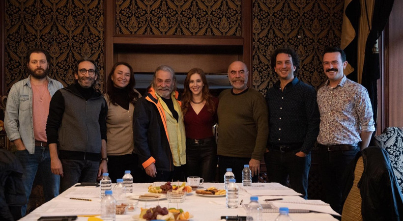 9 Kere Leyla filminin setinde kaza... Ezel Akay ölümden döndü!