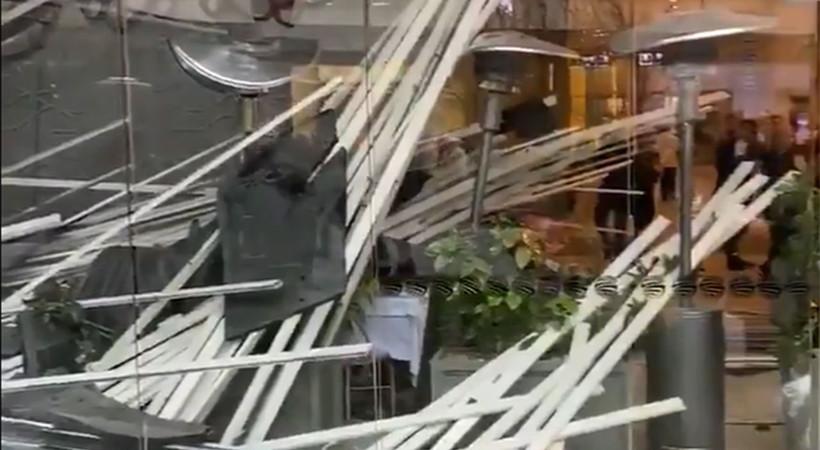 Zorlu AVM'deki Beymen kafenin çatısı çöktü