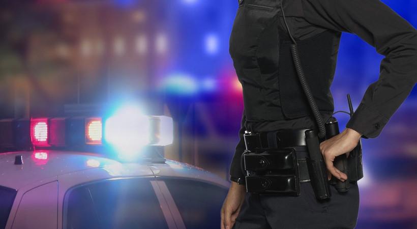 Polis arabasında seks skandalı