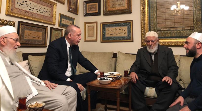 Cumhurbaşkanı Erdoğan, İsmailağa Vakfı'nı ziyaret etti