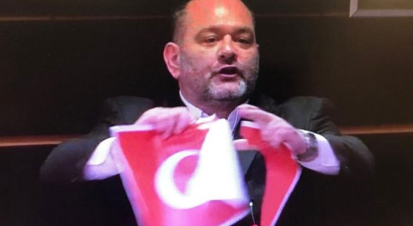 Yunan milletvekilinden skandal!