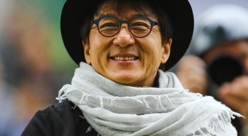 Jackie Chan, Coronavirus panzehirini bulana 1 milyon Yuan verecek!