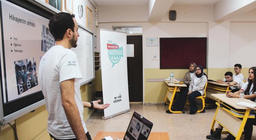 TRT'nin 'Gençler için Gazetecilik' projesi online eğitimlerine başladı