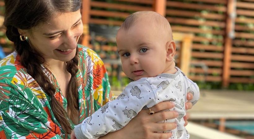 Hazal Kaya'dan 'Çocuğun LGBTİ+ olsa ilk tepkin ne olurdu?' sorusuna yanıt!