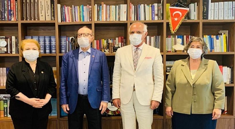 Gazetecilerden İstanbul Barosu'na ziyaret