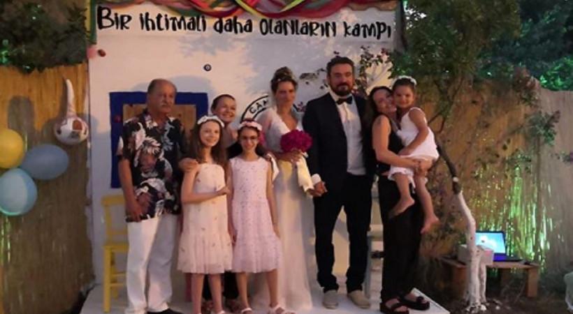 Ünlü oyuncu ile yönetmen evlendi