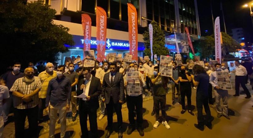 Saadet Partisi İstanbul Gençlik Kolları'ndan Takvim önünde protesto!