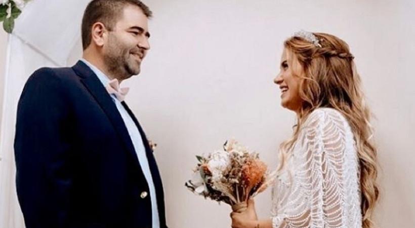 Ceyda Ateş'ten eşine romantik kutlama