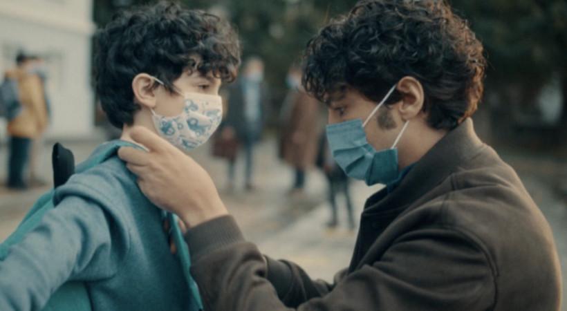 Osman Müftüoğlu ve Taner Ölmez dezenfektan reklamında
