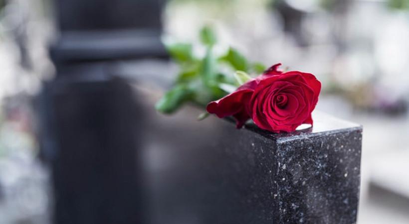 Yeniçağ yazarı hayatını kaybetti