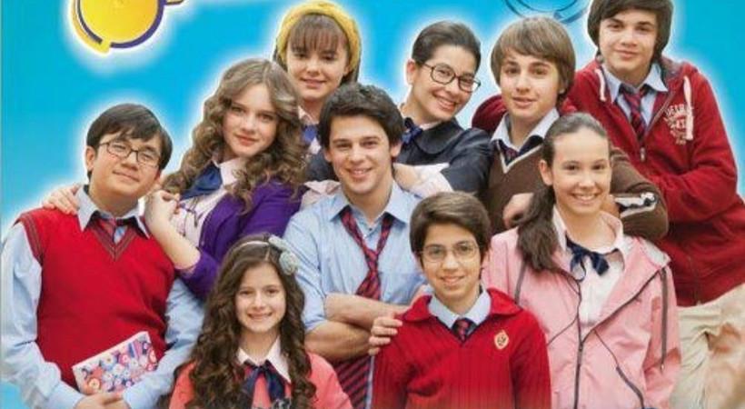 Miray Daner'in de rol aldığı Zil Çalınca, yeniden Disney Channel'da!