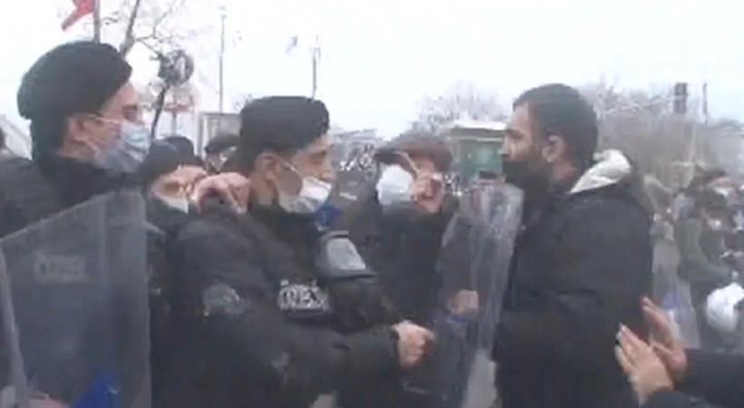 Halk TV muhabirlerine saldırıya tepki!