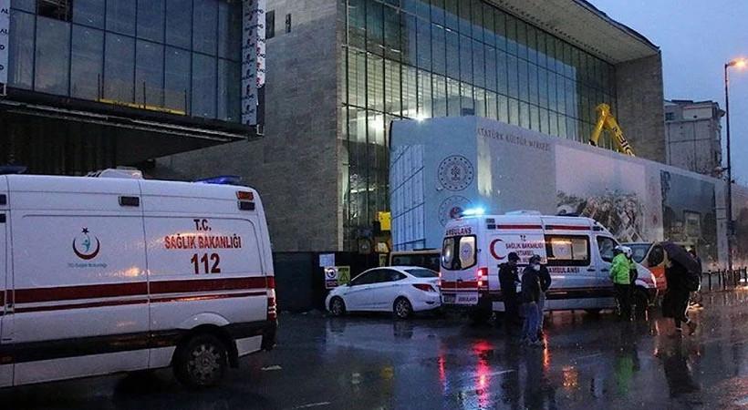 AKM inşaatında tavan çöktü: Yaralılar var