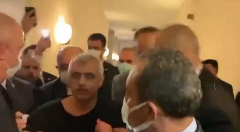 HDP'li Ömer Faruk Gergerlioğlu abdest alırken TBMM'de gözaltına alındı!