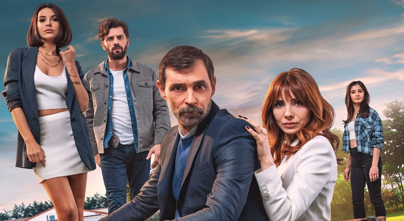 Kağıt Ev dizisinin afişi yayınlandı