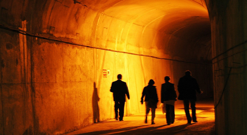 Metro tüneli sergisi ertelendi
