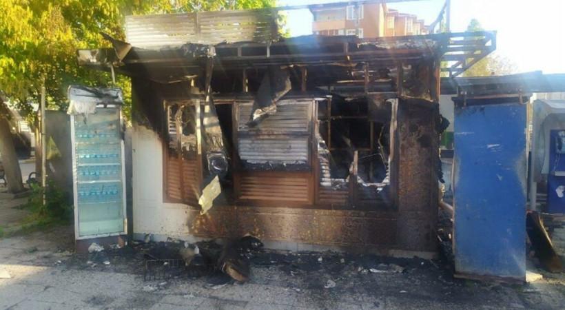 İBB: Halk ekmek büfesini kasıtlı yaktılar