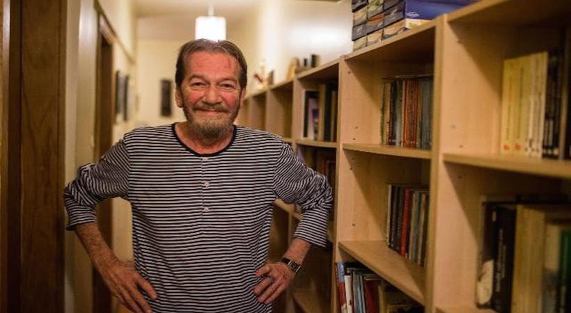 Türk tiyatrosunun usta ismi Ferhan Şensoy geçirdiği iç kanama sonrasında hastaneye kaldırıldı...