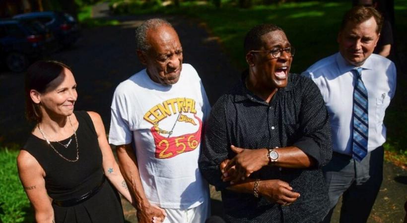 Serbest bırakılan Bill Cosby şimdi de sahnelere dönmeye hazırlanıyor