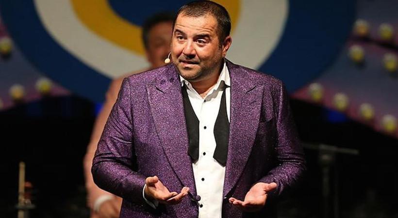 Yıllardır kilolarıyla bilinen ünlü komedyen Ata Demirer, ilk kez bu kadar zayıflamış göründü... İşte Ata'nın son hali...