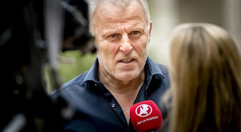 Geçen hafta başından vurulan Hollandalı gazeteci Peter R. de Vries hayatını kaybetti