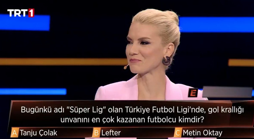 TRT 1'de yayınlanan 3'te 3 programında flaş hata! Sosyal medyada olay oldu