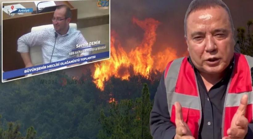 Başkan Muhittin Böcek yangınları anlatırken sırıtan AKP sözcüsüne tepki!