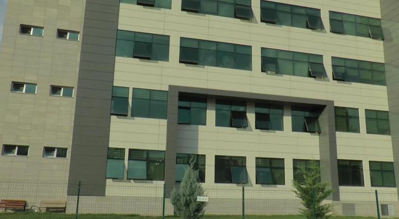 İŞKUR personeli, il müdürlüğünde intihar girişiminde bulundu: 3 kattan aşağı atladı