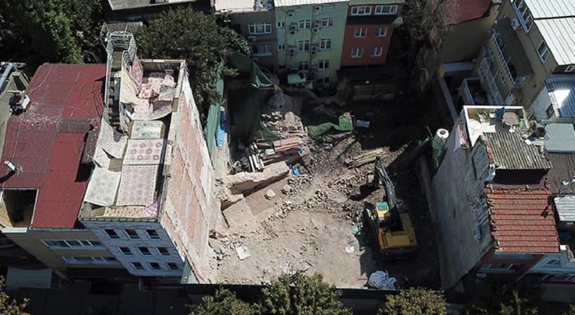 Bizans saray kalıntılarının bulunduğu alanda iş makinesi kullanıldı iddiası