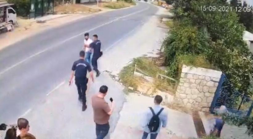 Jandarmanın önünde İsmailağa Cemaati üyeleri, Nesin Vakfı yöneticisine saldırdı