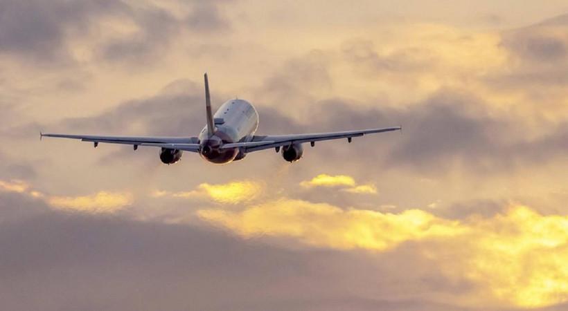 İki ülke  arasında ticari uçuşlar yeniden başladı