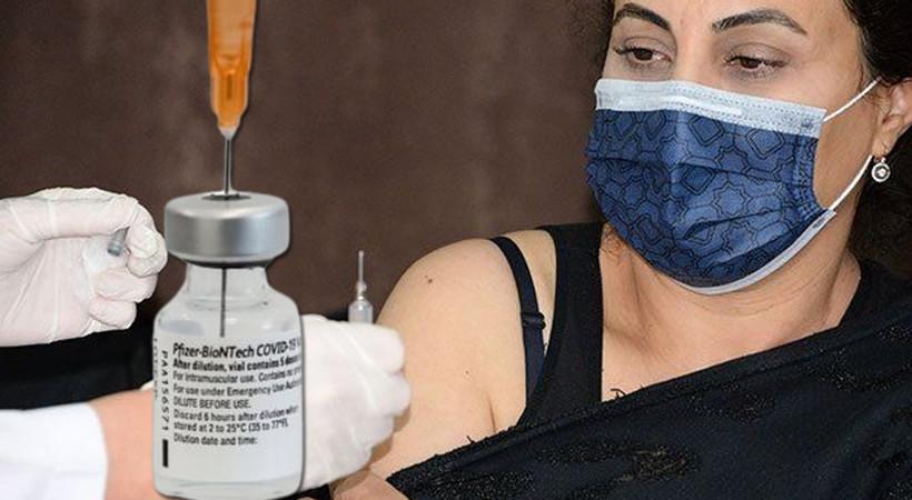 Türkiye'de üçüncü doz aşı sonuçları ilk kez açıklandı... BioNTech, Çin aşısı Coronavac'a fark attı