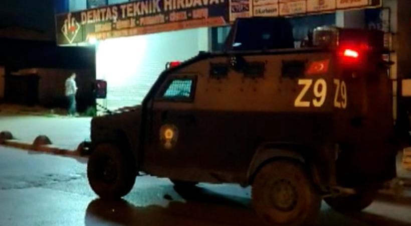 DEVA Partisi Arnavutköy İlçe Başkanlığı'na silahlı saldırı!