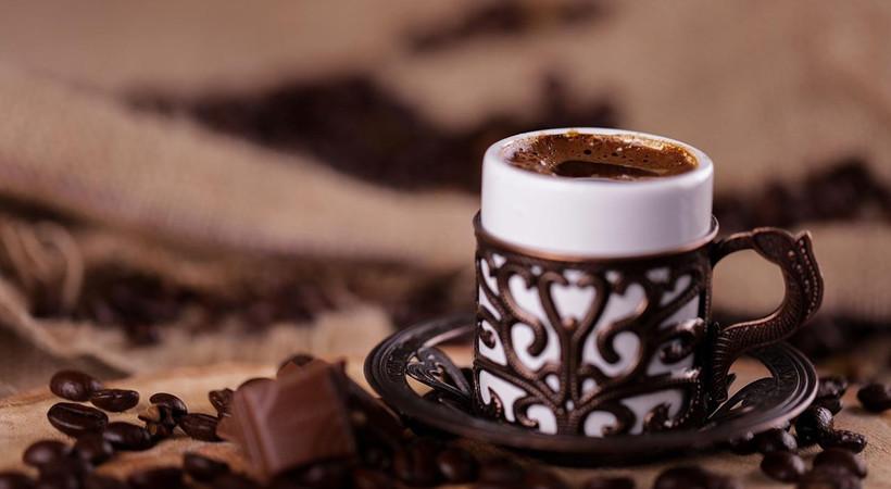 Türk kahvesinde 5 fincan alarmı! Türk kahvesi içenlere hem iyi hem de kötü haber? Günde kaç fincan Türk kahvesi içmeliyiz? Türk kahvesinin zararı ve faydaları nelerdir?