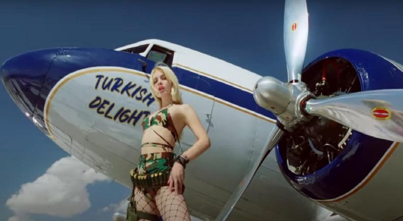 Aleyna Tilki 'Türk Lokumu' oldu, Real Love ile bombayı patlattı... İşte Aleyna  Tilki'nin yeni klibi