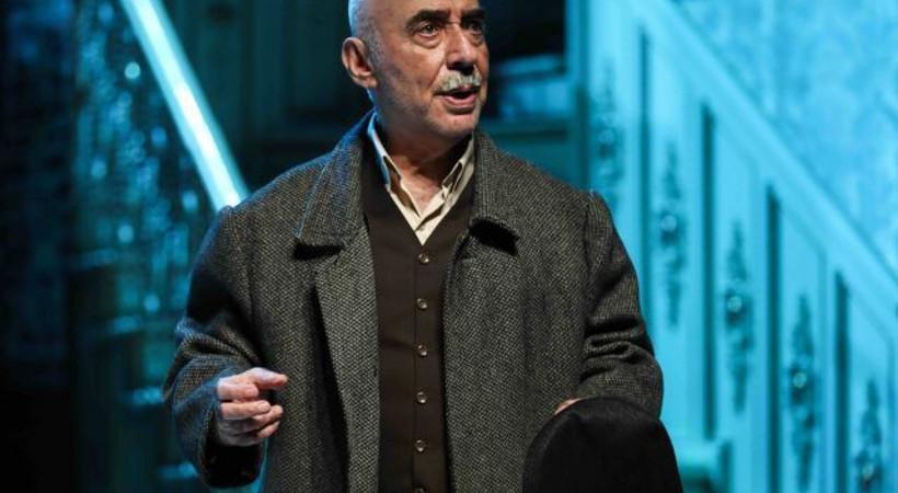 Şener Şen, Zengin Mutfağı ile Açıkhava Sahnesi'nde!