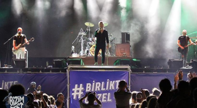 Zeytinli'nin yeni rock festivali BizimFest'e 4 günde kaç kişi katıldı?