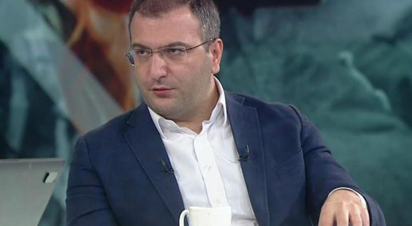 Cem Küçük: Bu sonuç kabul edelim ki AK Parti için hezimettir