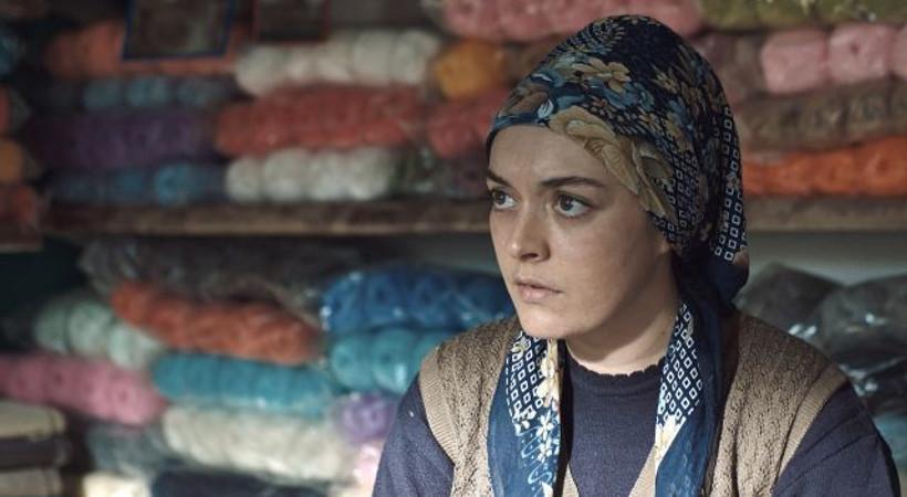 Ezgi Mola'nın başrolünde olduğu 'Aydede' prömiyerini İstanbul Film Festivali'nde yapacak!