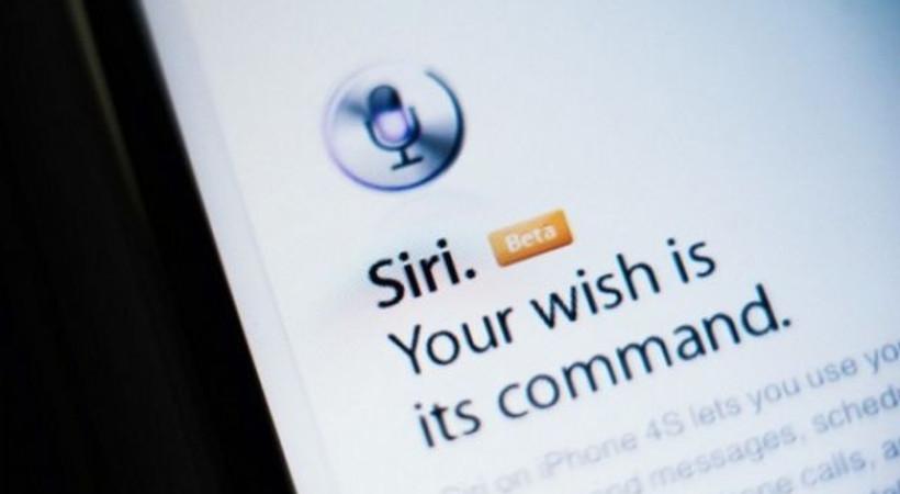 Apple'a Siri suçlaması!