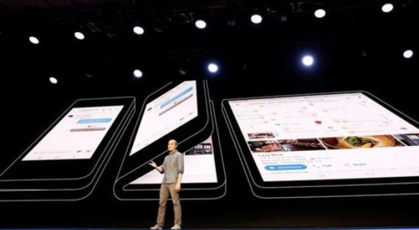 Samsung katlanabilir ekranlı telefonunu tanıttı!