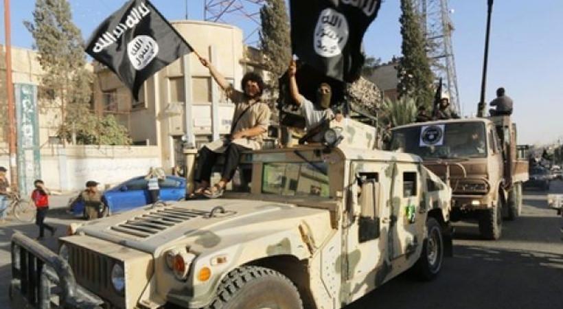 Fransız gazeteci aralarına sızdı... IŞİD'in saldırı planları gizli kamerada