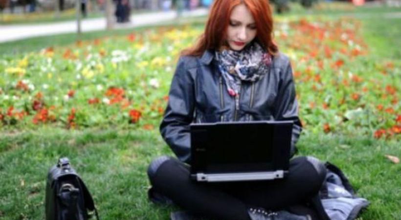 'Kadınlar bilgisayar kodu yazmakta daha iyi'