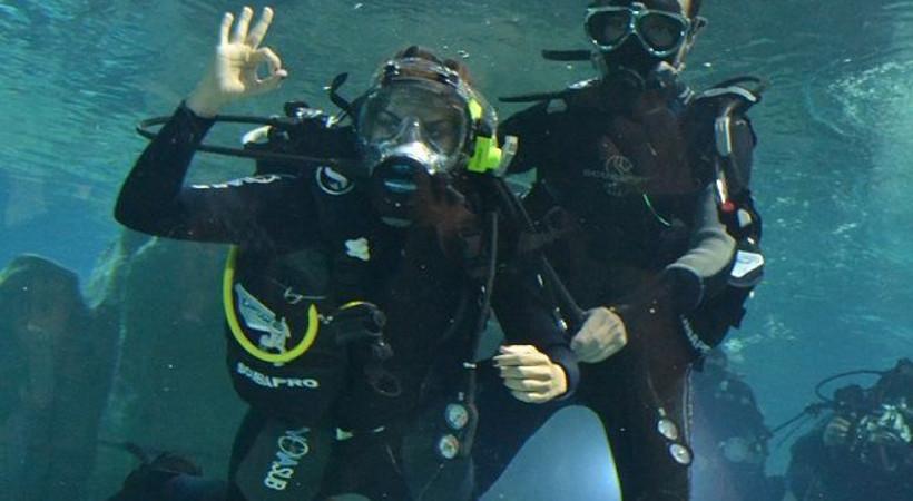 Su altında ilk röportaj
