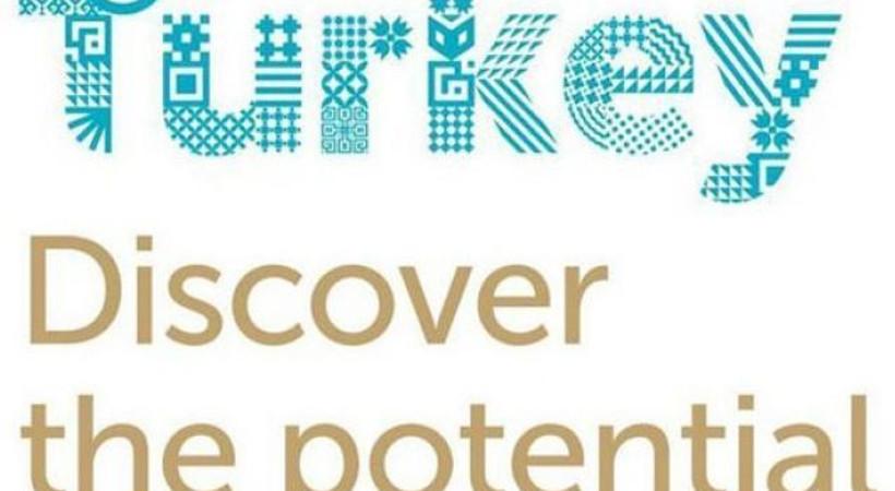 Türkiye'nin yeni logosu Twitter'ın diline dolandı! Logoya tepki yağdı