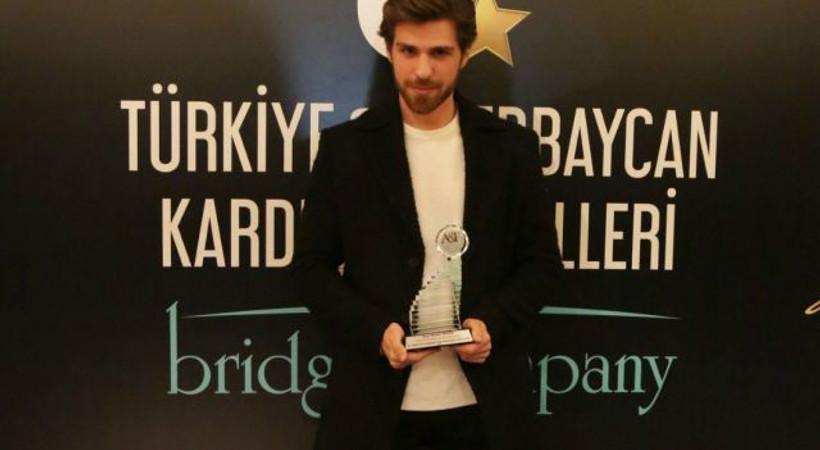 Berker Güven'e 'Yılın En İyi Drama Oyuncusu' ödülü!