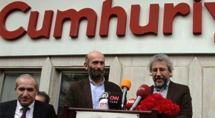 Ünlü gazeteciden Dündar ve Gül'e şok sözler: 'Sesinizi kısın ve ortalıkta fazla gözükmeyin!'