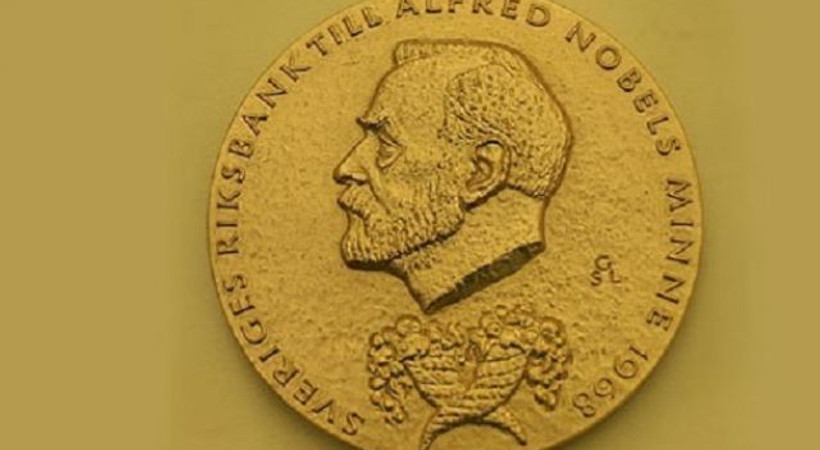 Nobel Barış Ödülü'ne Türkiye'den hangi yazar aday gösterildi?